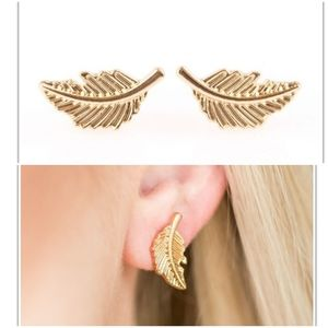 FLYING FEATHERS GOLD POST EARRINGS